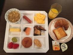 我用心擺盤的早餐